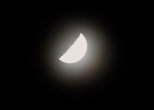 月の満ち欠け2