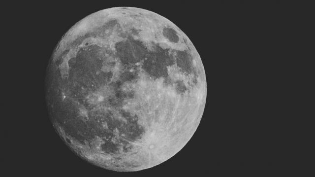 月の満ち欠け4
